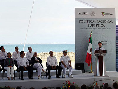 photo by: http://en.presidencia.gob.mx/