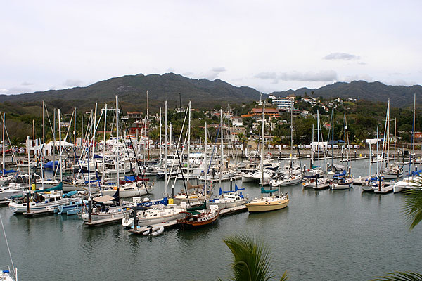 Marina in La Cruz de Huanacaxtle. Photo by Harvest